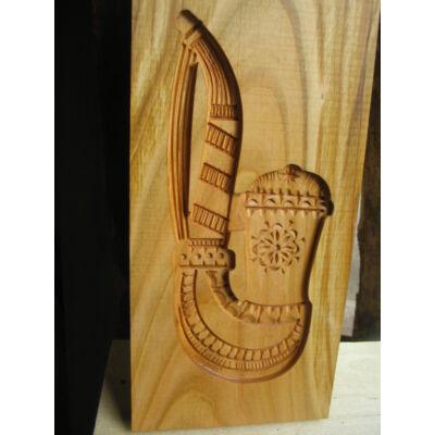 Mézeskalács ütőfa (Pipa)